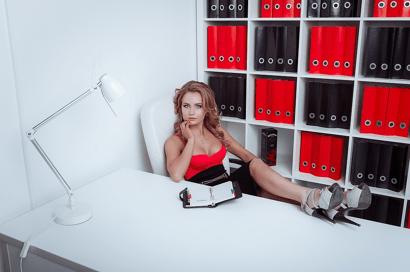 Девушка модель работы руководителя работа моделью в махачкале